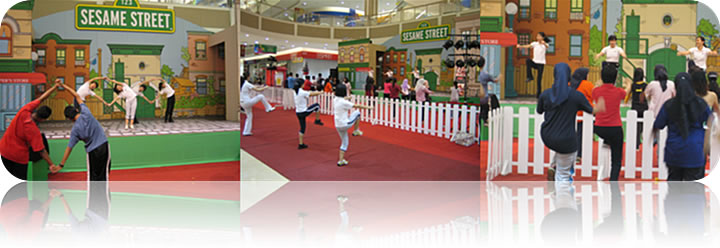 September 2006: AEON Fitness Program @ Jusco Tebrau City